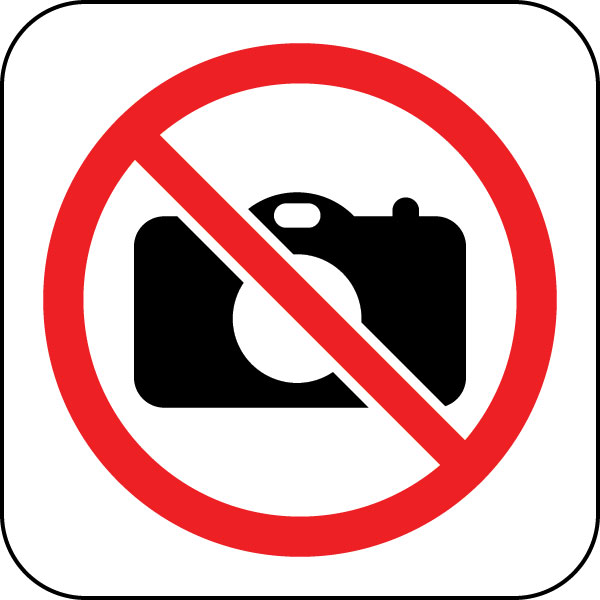 no photos ban